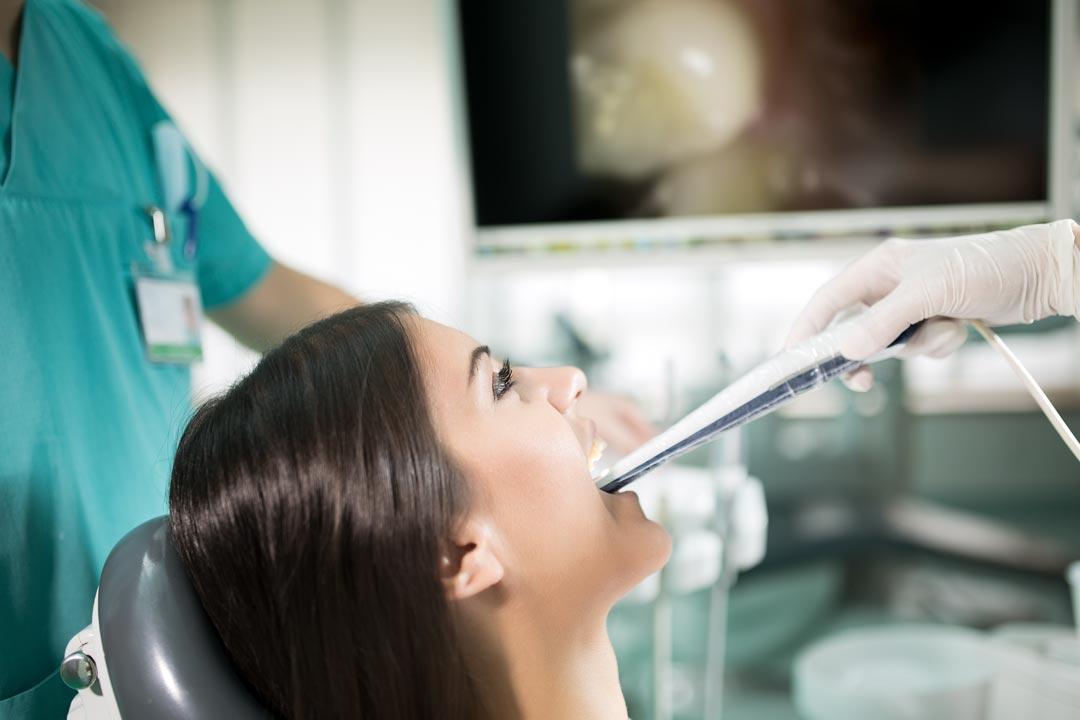 videocamera-intraorale | Studio dentistico a Brescia | Studio dentistico Soardi